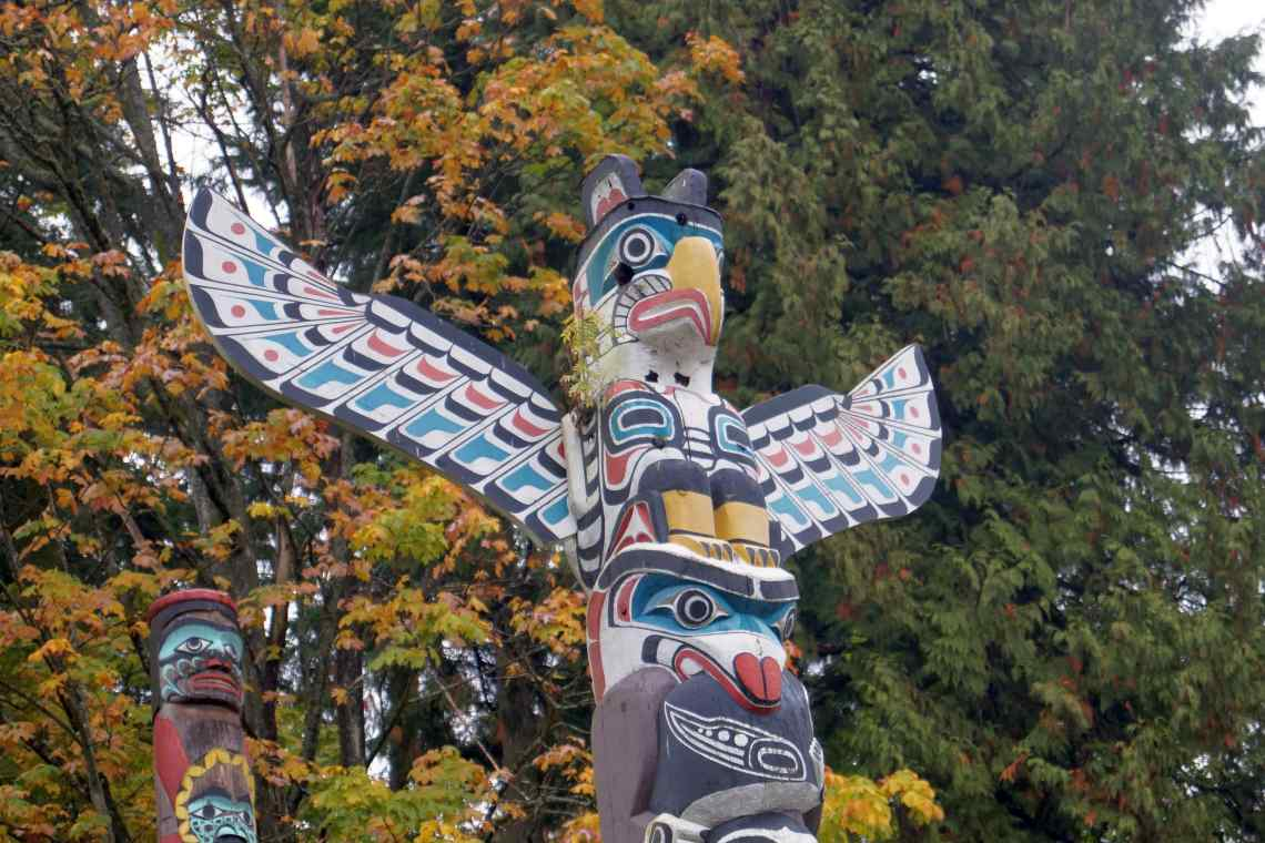 Vancouver: Totempfahl der First Nations im Stanley Park.